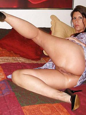 gorgeous mature upskirt pussy homemade photo