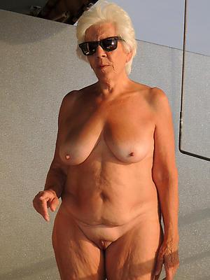 sexy mature blonde mom