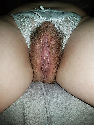 mature good-looking pussy patch up up stripped