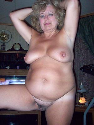hotties mature women deliver up 50 nude pics