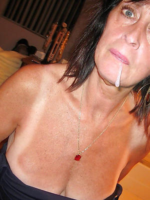 unsightly mature pussy over 50 homemade pics