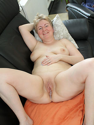 imbecile meagre mature tits