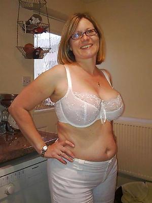 fantastic mature wife naked sniper