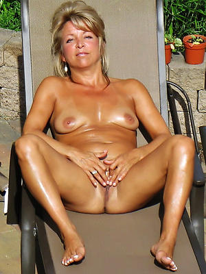gorgeous matured legs and feet nude pics