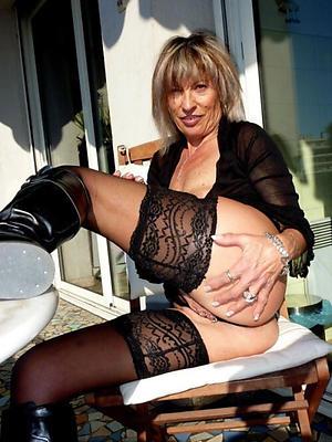 beauties mature torrid woman nude pictrues