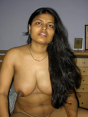 tainted hairy mature indian porn pics