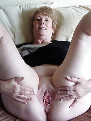 xxx free single matured ladies nude pics