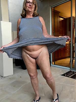awe-inspiring mature mom upskirt