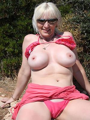 beautiful mature amateur babes naked pics