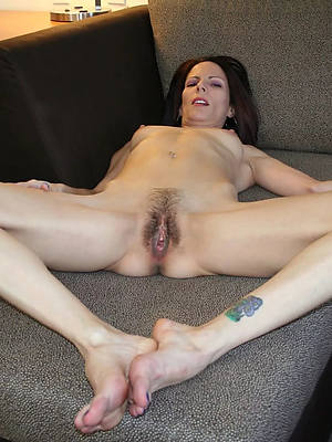 sexy skinny grown up naked women hatless