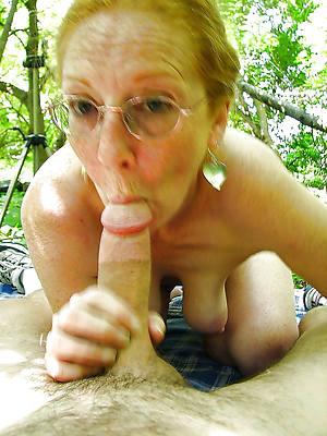 stripped mature grandmas pics