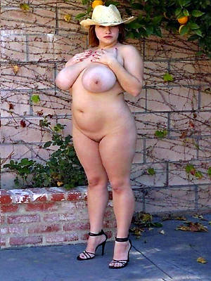 erotic grown up nude free porn