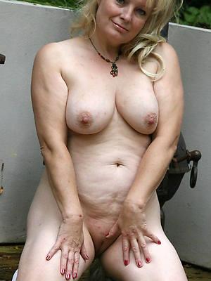 hot mature nudes dirty dealings pics