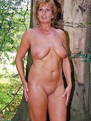 real mature moms porn pic download