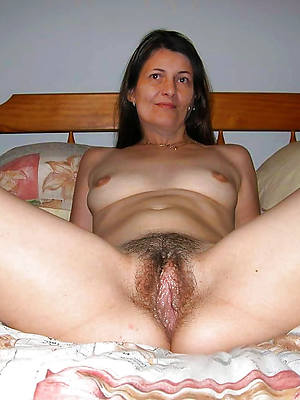 perfect nude mature solo