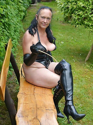 sexy hot old mature naked women