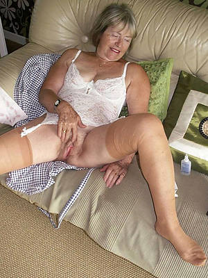 fantastic mature ladies 60 porn galleries