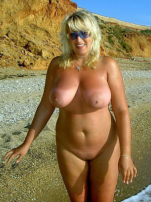 mature women nude beach free porn