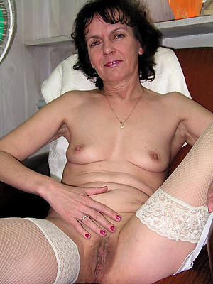 xxx free mature brunette pussy