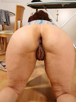sexy hot big booty mature milf