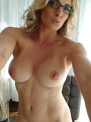 porn pics of mature with glasses