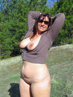 xxx free mature humble pussy nude pictures