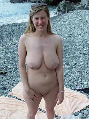 transparent mature natural pussy nude pics