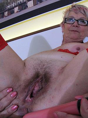 big tit grannys posing nude