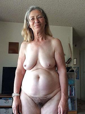 super-sexy big granny boobs
