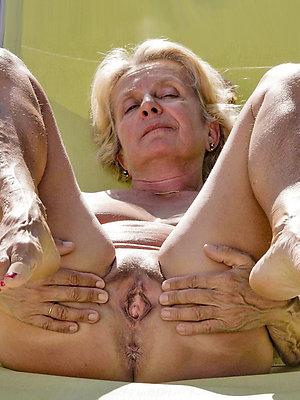 Hardcore milf porn galleries