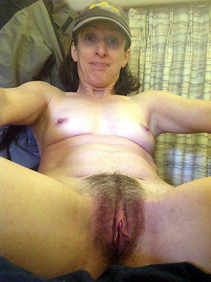 beautiful mature hairy women
