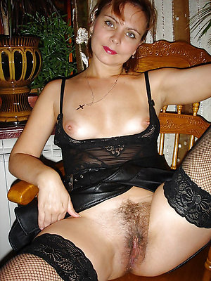 well done hairy mature xxx pictures