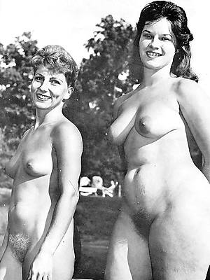 slutty vintage mature pussy porn pics
