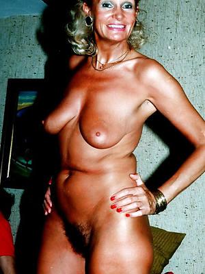 vintage grown up tits posing nude
