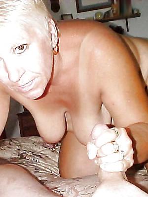 super-sexy mature handjob porn pics