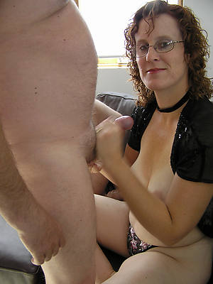 mature mom handjob free porn