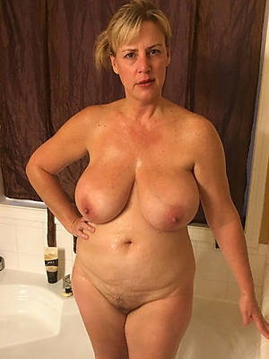 superb mature puffy tits nude pics