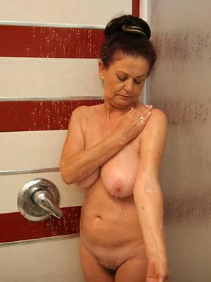 busty mature shower posing nude