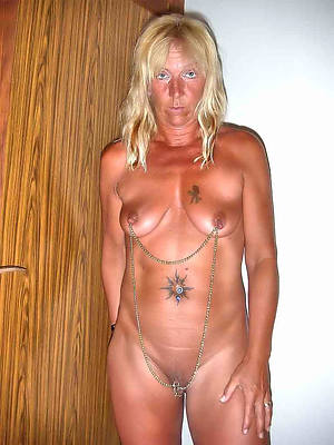 free pics of tattooed mature