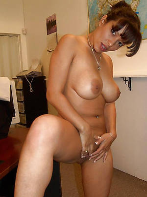 perfect nude mature latinas pictures