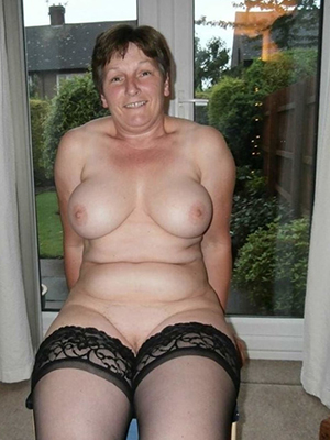 porn pics of old mature women naked