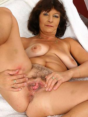 xxx free hot mature ladies undecorated pics