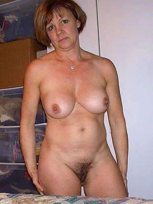 Women over 40 naked pics