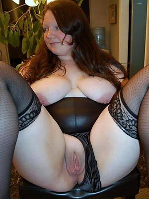 naught mature chubby column nude photos