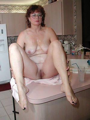 unorthodox pics of mature women in glasses
