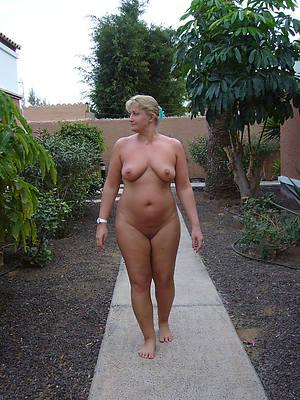 women masturbating outdoors free porn