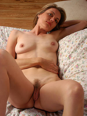 beautiful mature uninspired women porn pictures
