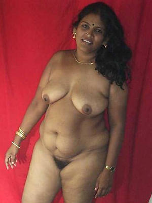 slutty mature indian women nude photos