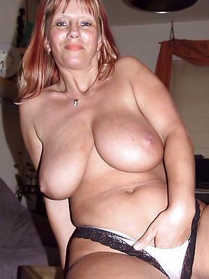 massive mature tits porn pic download