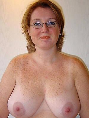 hotties massive mature tits nude photos